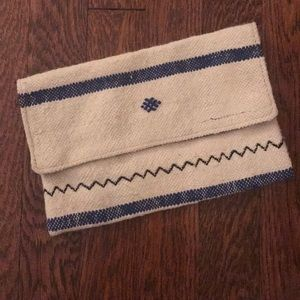 Authentic Moroccan tweed clutch